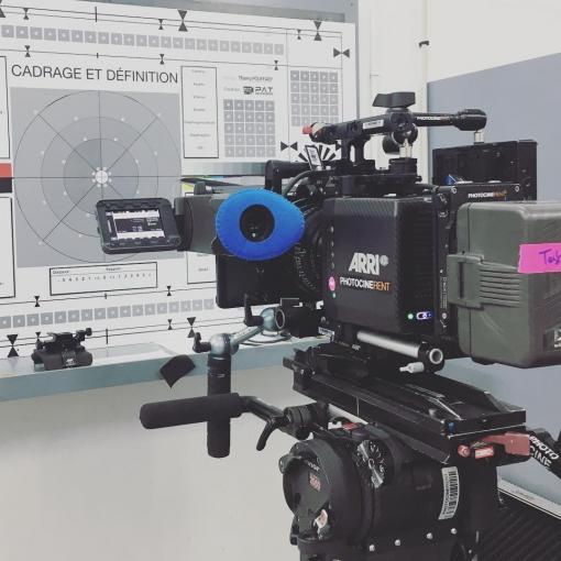 En mode préparation pour notre tournage de film institutionnel, avec l'#alexamini @arri . 🇺🇸Preparating the Alexa Mini for tomorrow filming of a corporate movie.