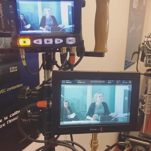 Shooting day pour un film institutionnel avec les Laboratoires Innothera. Une mise en scène très sérieuse 😇 pour un film mélangeant prises de vue réelles et FX 3D. Prod : @eligansagence  Real : @nikorenier  DOP : Jean Eudes Bazin Cadre : @guillaume.brunet